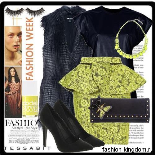 Короткая юбка с баской салатового цвета с принтом для вечернего стиля в сочетании с кожаным топом, черной меховой жилеткой, классическими туфлями и черным клатчем.