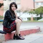 Модные образы с юбкой-карандаш на 35 фото