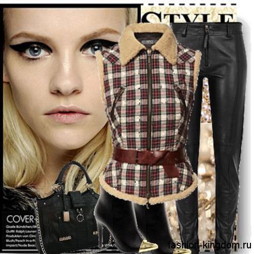 Женская рубашка бежево-бордового тона без рукавов сочетается с кожаными черными брюками и ботильонами на каблуке.