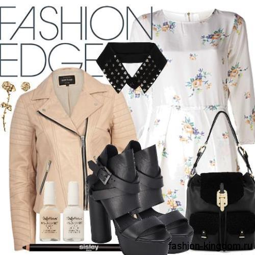 Кожаная куртка бежевого цвета с карманами сочетается с летним белым платьем с цветочным принтом.