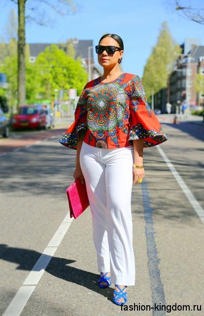 Летняя блузка оранжевого цвета с абстрактным рисунком, с широкими рукавами три четверти в стиле этно.