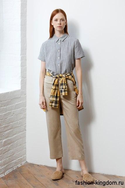 Летняя рубашка прямого кроя, с короткими рукавами, светло-серого цвета, на пуговицах из коллекции Jenni Kayne для фигуры перевернутый треугольник.
